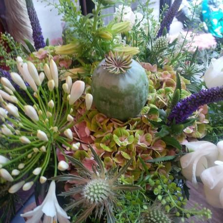 wild-bouquet-poppy-heads-hydrangea-thistle